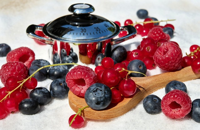 Pan with berries-mixed-raspberries