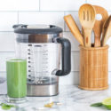 Vegetable juice using Blenders-for-vegans