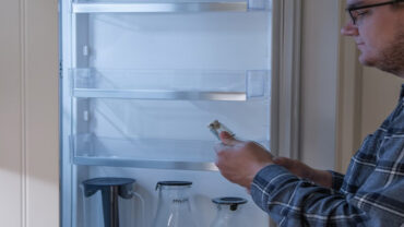 When to Put Food in a New Refrigerator